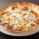 パリパリ食感のピザはビールと相性◎