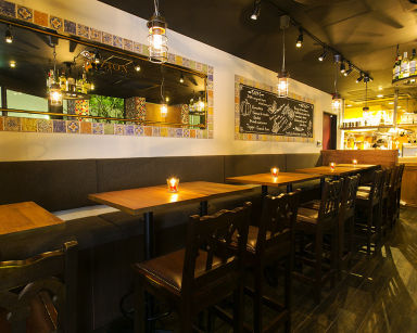 イタリアン&スペイン料理 大手町ZION 店内の画像