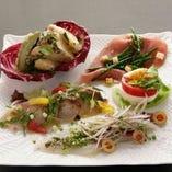 旬味あふれる料理、イタリアの郷土料理をお楽しみください。