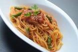 スパゲティ・アラビアータ/信州木の子と生ハムのアーリオ・オーリオ スパゲティ