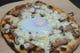 釜で焼き上げたピザをシェアしてお召し上がりください!