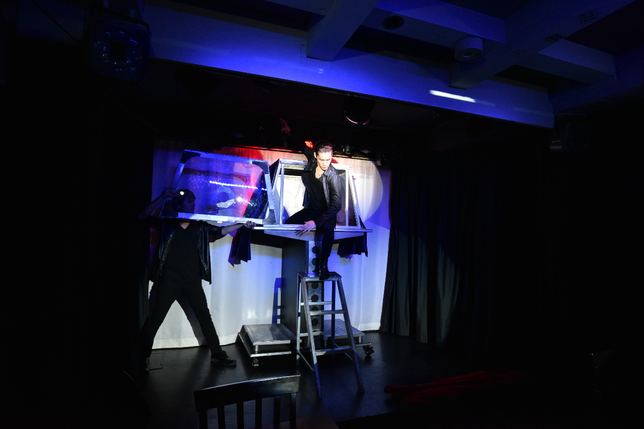 Stage Magic Show!!