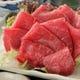 青森県産の馬刺し。 もも赤身の甘さが特徴です。