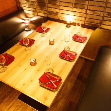 肉×チーズ料理 シカゴピザ ミート吉田 栄駅前店 店内の画像