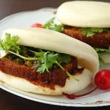 角煮入り台湾サンド