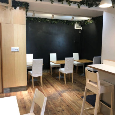cafe MYCE  店内の画像
