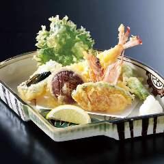 車海老と季節野菜の天ぷら盛り合わせ
