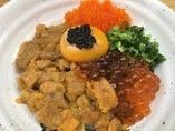 海やTKG《玉子かけご飯》ランチ(ミニサラダ・お椀・小鉢)