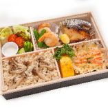 蟹グラタンとさわら西京焼き弁当