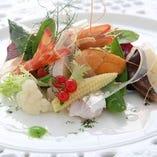 季節の食材をふんだんに使用した「パーティプラン」は4,000円(税込)~予算に応じてご用意いたします