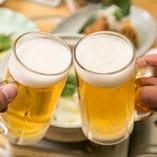 乾杯の定番・ビールやハイボールはもちろん、カクテルなど種類豊富なドリンクを楽しめます!