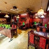 創業から約半世紀が経つ中華料理店。レトロな佇まいが魅力です