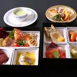 お昼のお食事SHOKADO3,500円(税抜)愛媛の砥部焼で・・・。