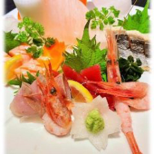 海鮮類を料理人の腕を振るって