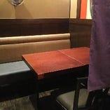 2名様・4名様テーブル席