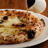 クワトロフォルマッジ(4種類のイタリアチーズ)