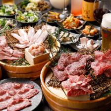 【2H飲み放題付】宴会焼肉コース<全11品>1人前300g!黒毛和牛に赤身炙り、ハラミなど8種のお肉を堪能!
