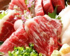 本日のおすすめ肉刺し盛り