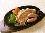 パイン豚ステーキ島豚ソーセージ150g