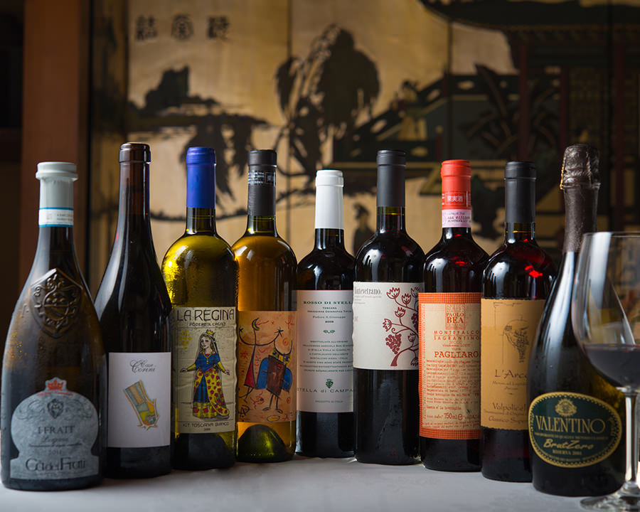ワインセラーから豊富なラインナップ