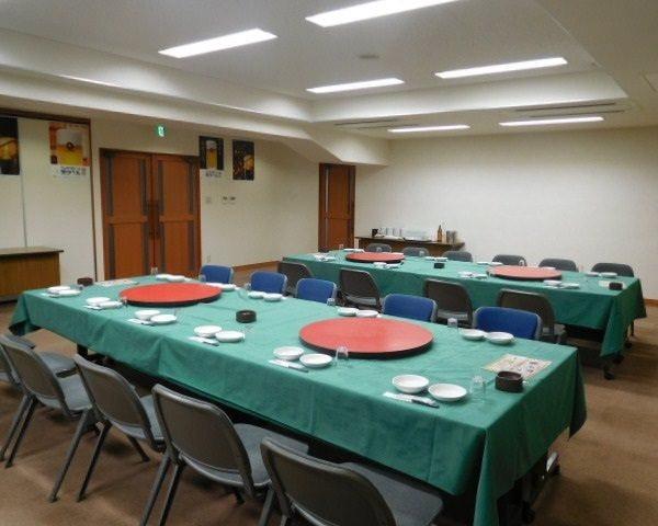 テーブル席・完全個室(壁・扉あり)・20名様~40名様
