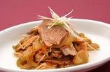 叉焼(チャーシュー)と搾菜(ザーサイ)の辛味和え