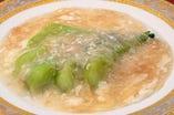 青梗菜(チンゲンサイ)の魚翅(フカヒレ)塩あんかけ