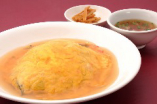 天津飯(テンシンハン=スープ・漬物付き)