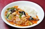 中華丼 (サラダ・スープ・デザート付き)