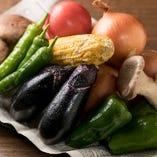 地野菜を中心とする旬の野菜もかのやの自慢です!