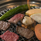 肉の旨味を凝縮しながら焼き上げてください