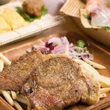 京都丹波高原豚の炭火焼きをメインに楽しめる『FUNEYA(焼き)コース』。ガッツリ食べたい時にぜひ!