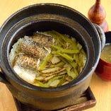 シメに相応しい、自慢の出汁で炊いたご飯と絶品味噌汁をぜひ