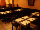 ▲ 落ち着いた雰囲気を大切に テーブル席をリニューアル
