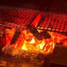旬のお魚、お野菜、お肉を炭火焼で!