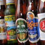常時10種類以上アジアビールをご用意☆是非飲み比べてみて♪