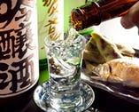 毎日仕入れる新鮮な魚介に合う 厳選した日本酒と焼酎が自慢!