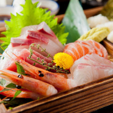 海鮮!手巻き寿司も楽しめる!お造り