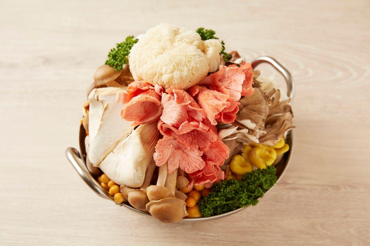 8種キノコと鶏スープの火鍋