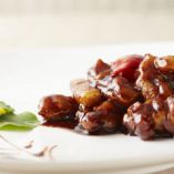 松坂ポークの黒酢酢豚! ジューシーでボリュームも満点です!
