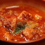 牛の胃袋ハチノスと牛すじのトマト煮込み