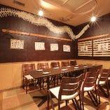 《テーブル個室》会社や仲間との中規模宴会にどうぞ。8~12名様