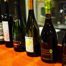 厳選ワインやワインカクテルが豊富