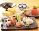 旬の素材を天麩羅の他、季節のお料理もご用意