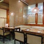 1階【テーブル席/8名様まで】グループ宴会・お食事におすすめ