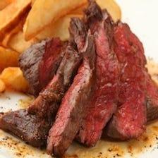牛ザブトンステーキ ¥1690(税抜)日替わりのお肉料理のひとつです♪