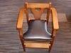 お子様椅子もございます。