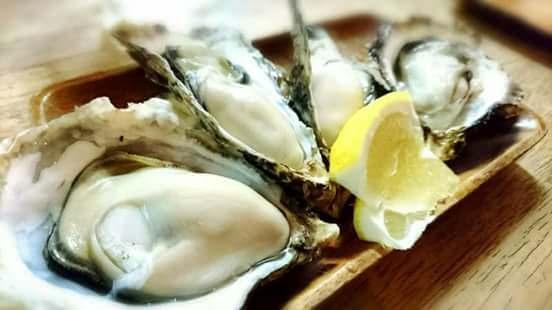生牡蠣をたらふく食べて栄養補給!滋養強壮!