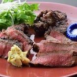 国産黒毛和牛ランイチステーキ・熟成牛ヒレカットステーキ・霜降りカルビステーキの盛合せ