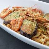 えびのピリ辛トマトソースパスタ